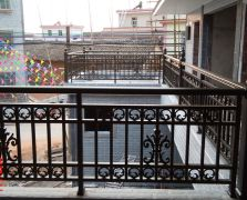河源别墅小院铝艺阳台护栏